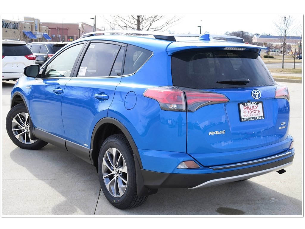 new 2017 toyota rav4 hybrid xle 4d sport utility in crystal lake r27237 pauly toyota. Black Bedroom Furniture Sets. Home Design Ideas